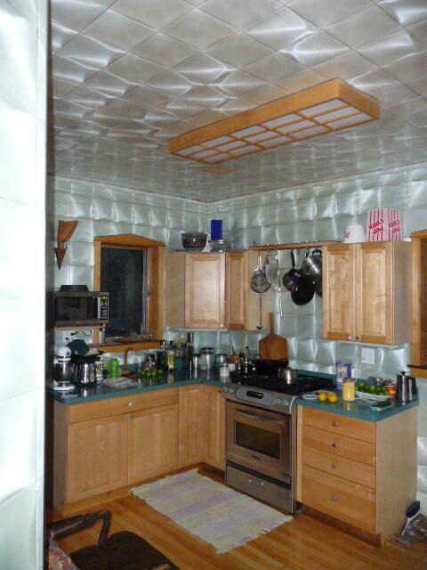 Grey Tile Kitchen