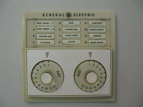 Gretchen S 1961 Ge Low Voltage Lighting System Retro