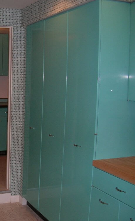 built-in-pantry-cabinets