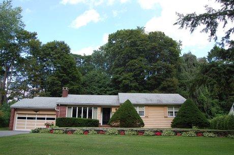 mid-century-ranch-house