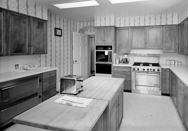 kennedy kitchen in white house