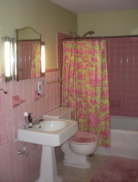 Pink Bathroom Painted Green