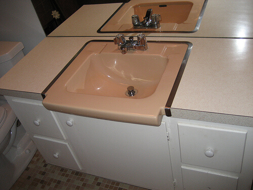 pink-bathroom-sink
