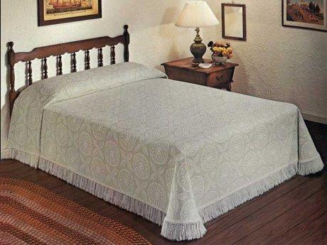 bates-heritage-bedspread