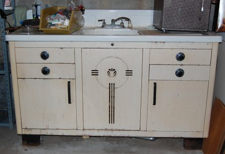 vintage-metal-cabinets-deco-trim - Dupont Delux Deco Style Metal Sink Cabinet: An All-new Brand - Retro