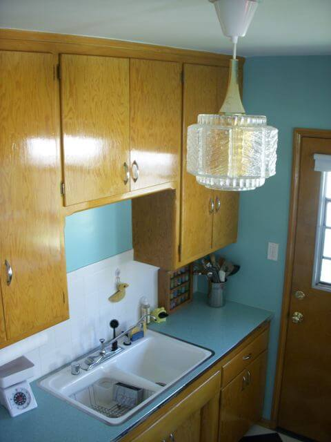 50s-kitchen-light