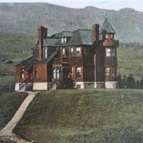 adams massachusetts victorial mansion