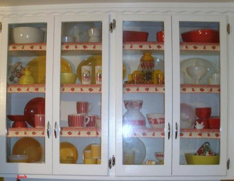 china-hutch-with-vintage-shelf-edging