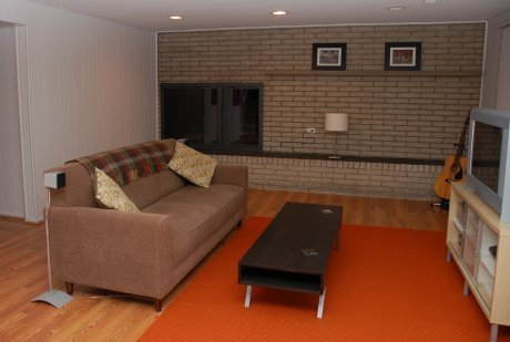mid-century-family-room
