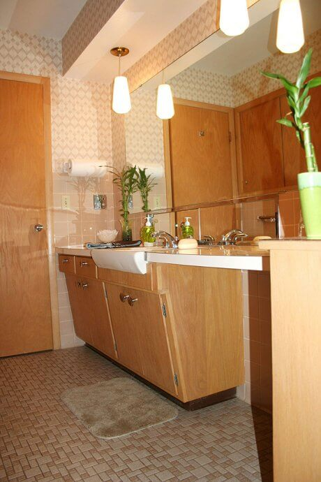 sunset-tan-bathroom-in-1964-ranch-house