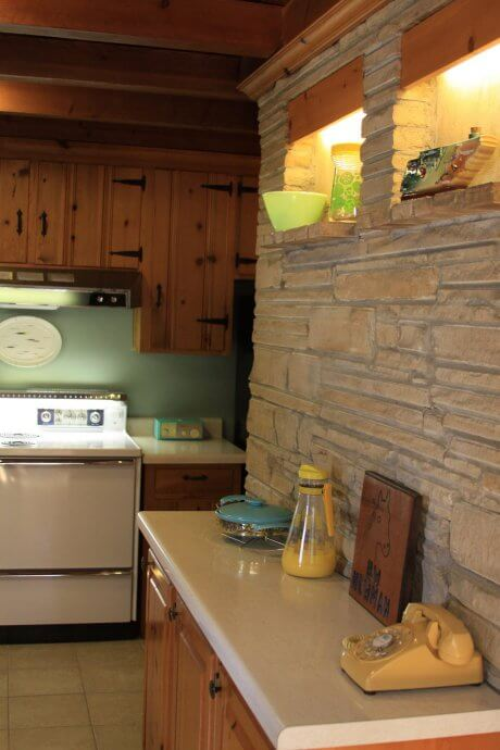 how to remove old kitchen wall tiles