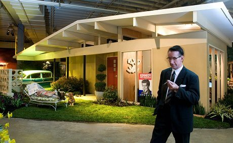 i met ted cleary of ted clearly landscape architecture when we both spoke at the charlotte home show thats him playing up his mad men persona - Mid Century Modern Homes Landscaping