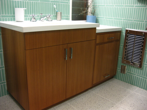 Readers and their archives page 2 of 3 retro renovation for Mid century modern bathroom vanity ideas