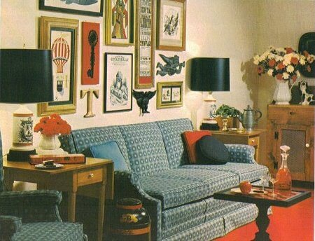 1969 Living Room With Great Picture Arrangement The Brady Bunch ...