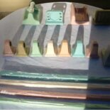 75 sets of MIB NOS ceramic towel bars, soap dishes & toilet paper holders, in 7 vintage colors