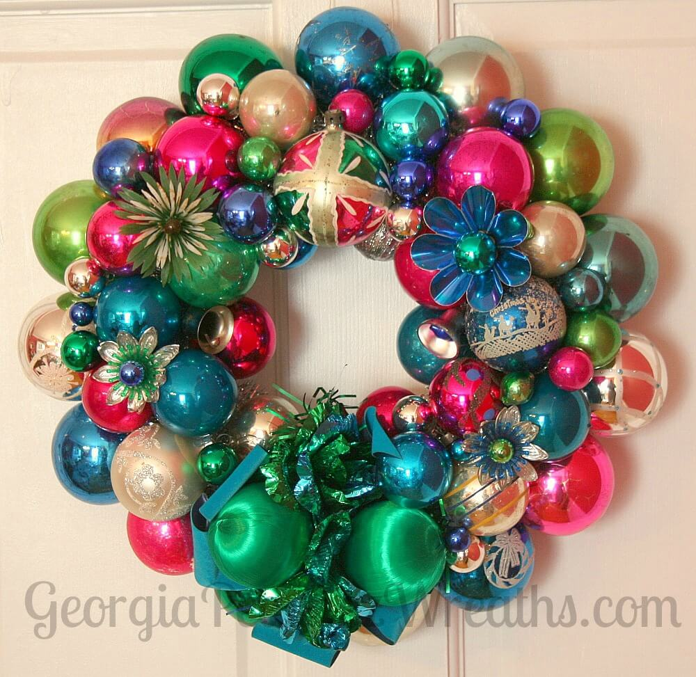 How to make a christmas wreath out of vintage ornaments Making wreaths
