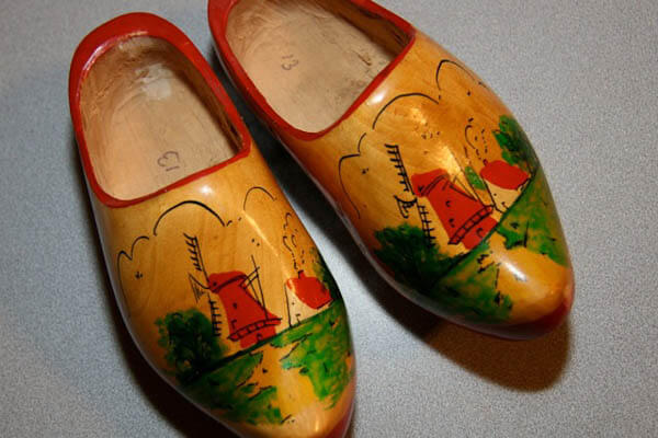 vintage dutch kitchen clogs