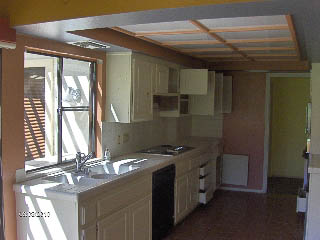 connies kitchen before repainting with rustoleum transformations