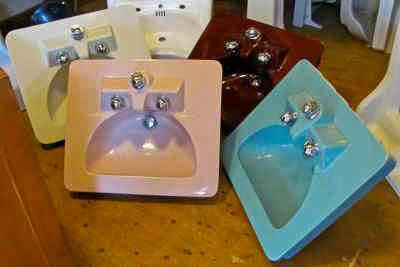 Marcia Marcia Marcia Vintage Bathroom Sinks Like The