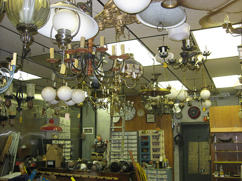 vintage-lighting-store