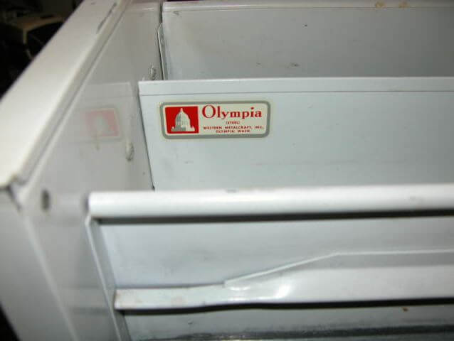 Our 74th brand of vintage metal cabinets: Olympia Aluminum ...