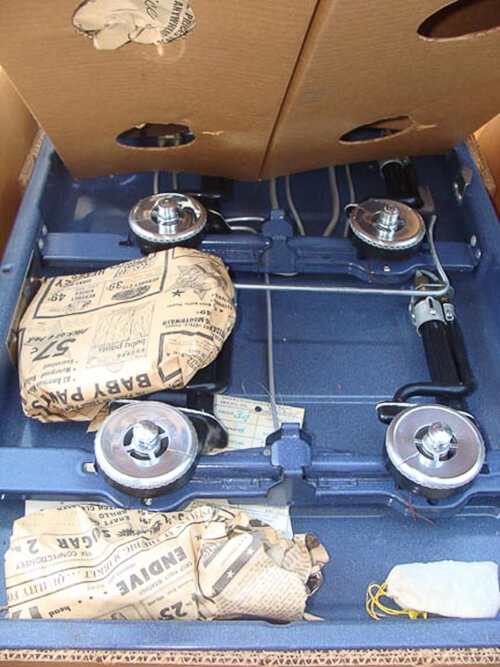 vintage Caloric gas cooktop guts