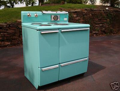 vintage ge stove in robins egg blue erica u0027s thrifty jadeite kitchen remodel   18 photos   retro renovation  rh   retrorenovation com
