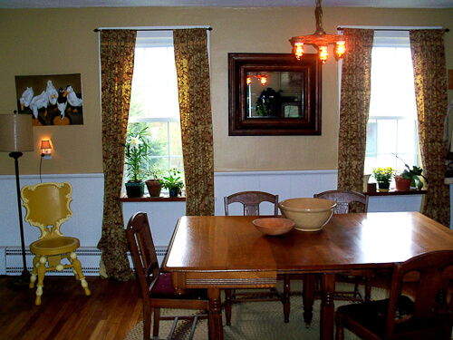 dining room in 1888 rhode island house