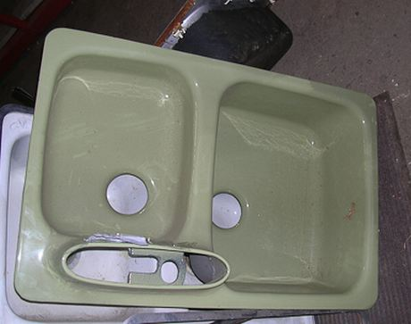 1968 american standard sink in avocado