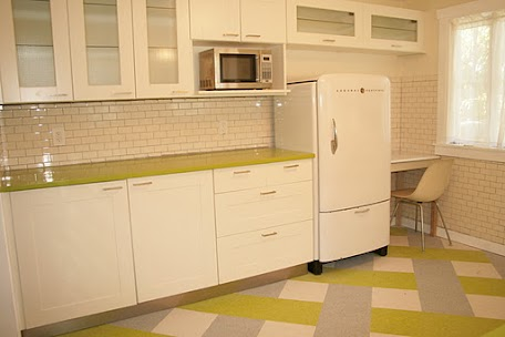 bungalow kitchen