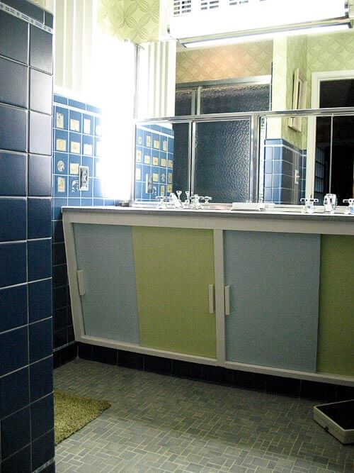 original midcentury modern bathroom