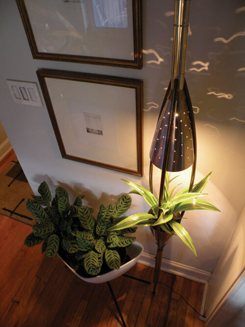 Retro pole lamp and planter