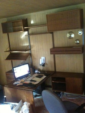 cado-wall-system-with-desk