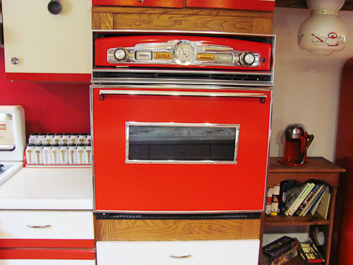 red kitchen oven
