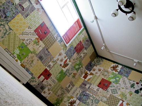 how to wallpaper a wall with vintage wallpaper