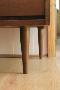 dresser legs