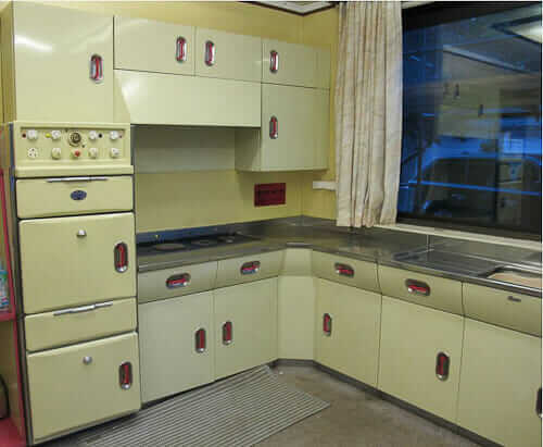 A vintage 1956 english rose kitchen including revo oven for Kitchen cabinets 50 style