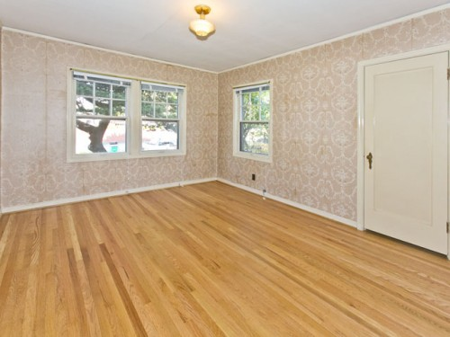 hardwood floors in upstairs bedroom
