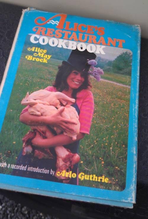 Alice's-Restaurant-cook-book