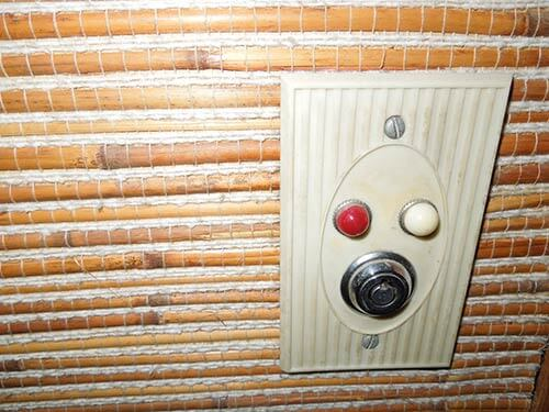 retro-push-button-light