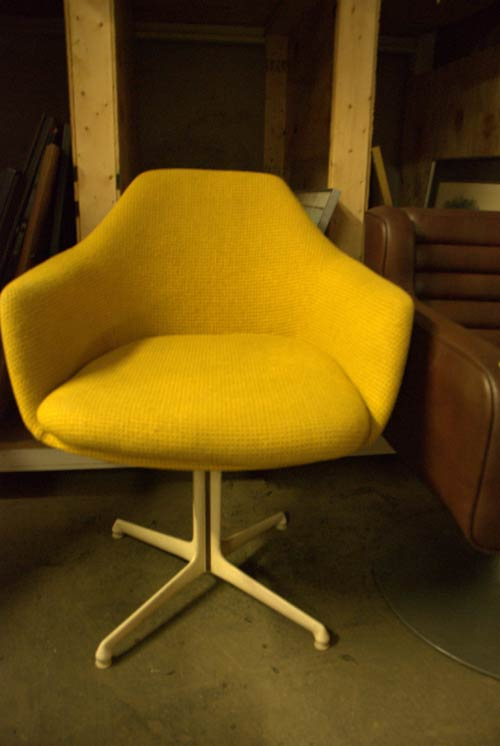 retro yellow chair