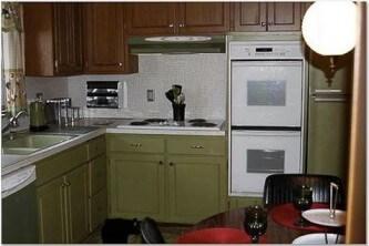 1970s kitchen after painting rustoleum cabinet transformations with avocado color paint