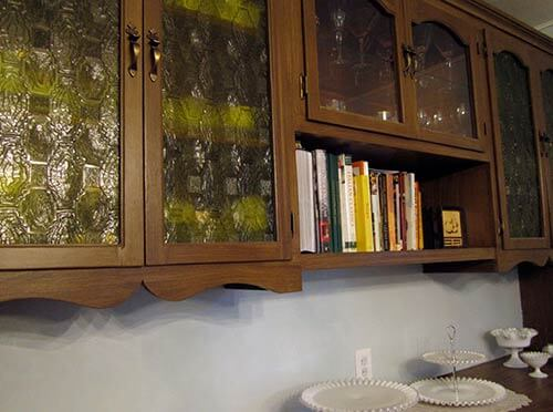 vintage-hutch-with-yellow-glass