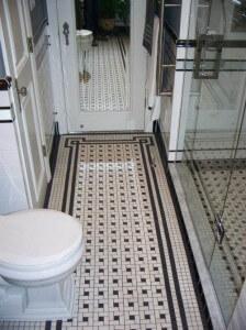 vintage-tile-rug-black-and-white