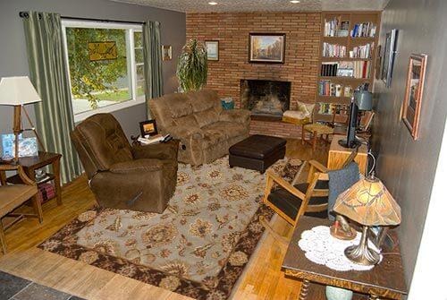 Living-room-grey-rug