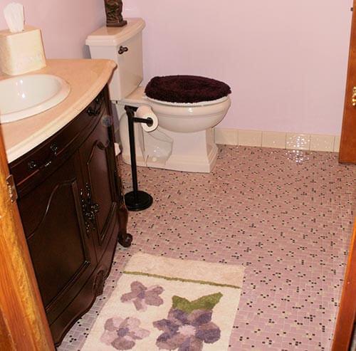 NOS-tile-pink-bathroom-floor