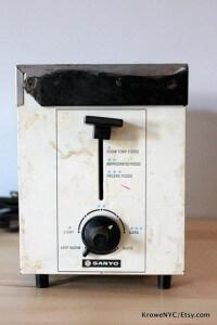 Retro-toaster-flower-power