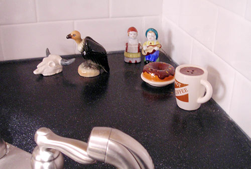 Salt-and-pepper-shaker-collection-vintage