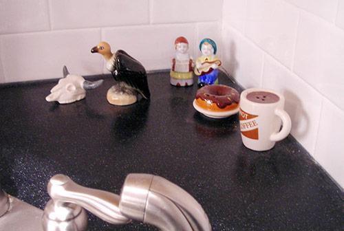 Salt-and-pepper-shaker-collection-vintage