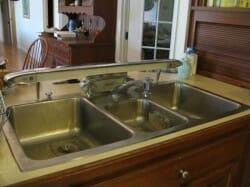 elkay sink with integral light